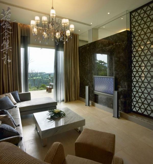 美式木制別墅室內電視背景墻設計效果圖