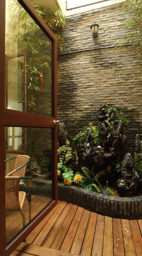 美式风格家居小花园设计装修图片