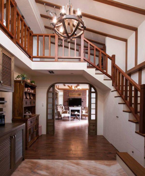 美式风格室内楼梯家居设计效果图