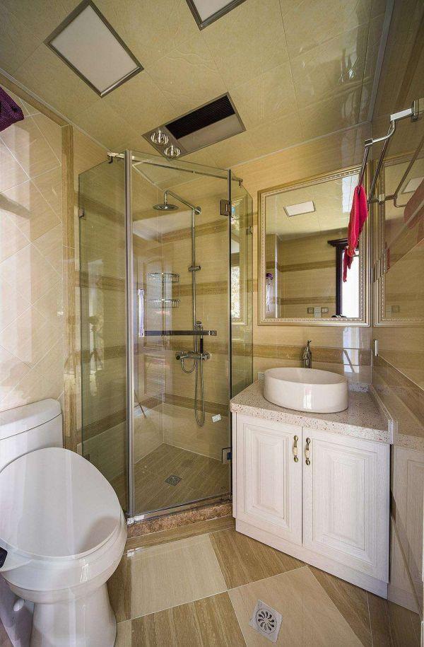 欧式风格别墅卫生间设计室内效果图