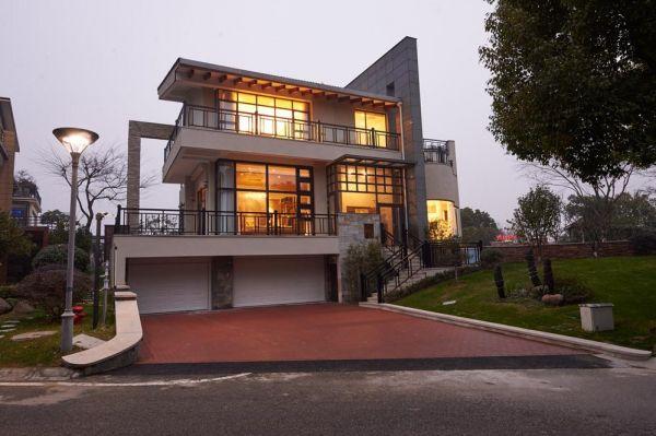 浅析后现代建筑中的传统元素表达