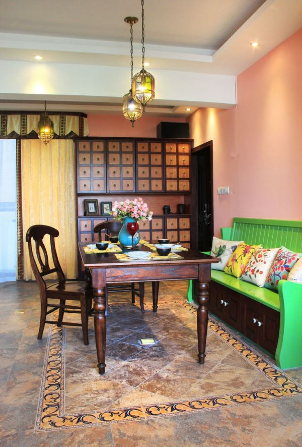 色彩鲜艳美式客厅效果图