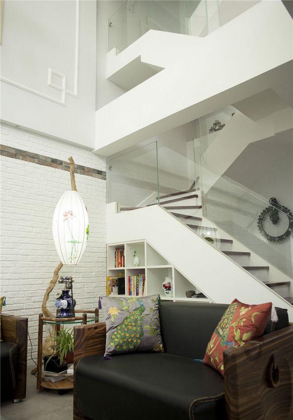 北欧风格复式楼梯装饰设计效果图