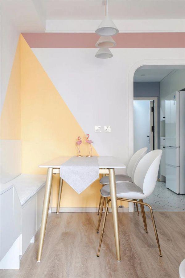 65㎡北欧风两居室,灰粉+灰蓝拼色墙太好看了