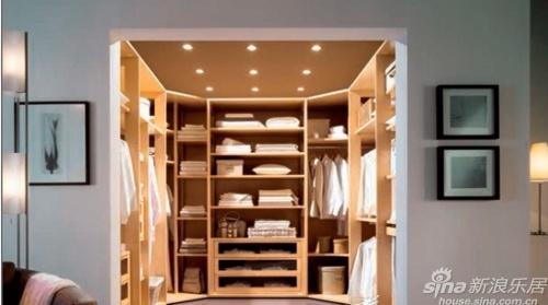 攻略:巧置卧室家具 时尚玩转衣柜设计