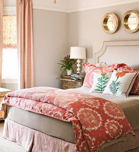 卧室一张床和一个储物柜显然是不够的