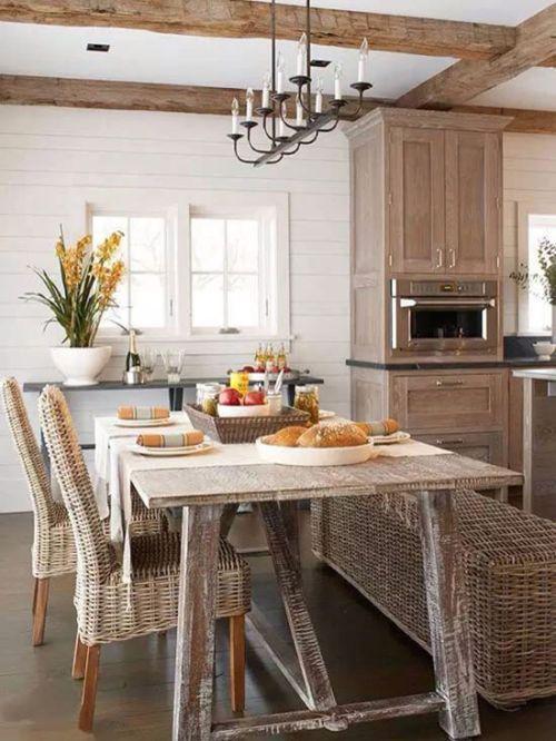 乡村风情原木肌理 8款美式木质餐桌