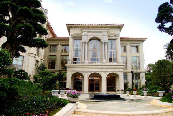 为大风范欧式家具 客户重新装修整栋别墅