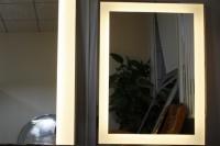 怎么選購浴室鏡子 浴室鏡子養護
