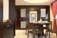 香港的房子為什么那么貴,只因為它!你有你家也升值的快!